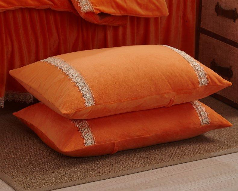 3Pcs Fleece Bed Skirt Set W/ Pillowcases, Mattress Protective Cover 32