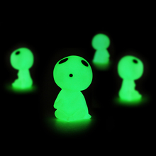 New 5pcs/lot Princess Mononoke luminous tree elves Spirit Kodama gardening potted Fluorescent Micro Landscape PVC accessories