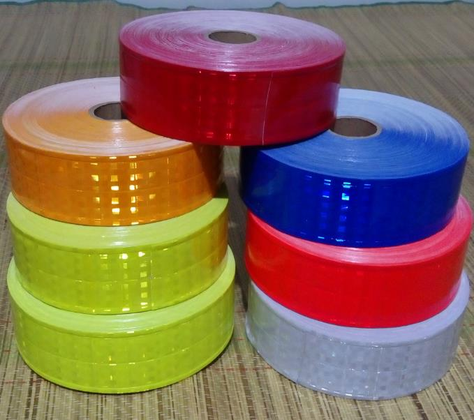 Hot sales 5cm*50m 7 Colors For Choice High Quality Flashing Small Square Warning Safety Reflective PVC Tapes<br>