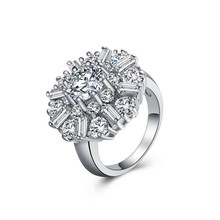 1pc Romantic Exaggerated Rhinestone Silver Plated Women Ring Bijoux Girl Trendy Round Ring Size 7 8 9 10 11 12 New Retail