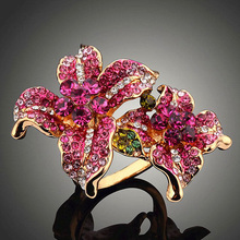 new arrival 2017 statement trendy CZ crystal imitation flower rose gold color rings ladies big ring for women fashion jewelry