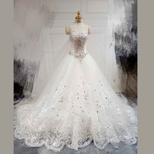 Luxury Ivory Ball Gown Sweetheart Rhinestone Lace Cathedral Train Wedding Dress 2017 Church Bridal Gown vestido de noiva ZSW200