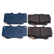 CAPQX Front brake pads (Disc Brake) Pad Kit 04465-0K020 For FORTUNER HILUX 2005 2006 2007 2008 2009 2010 2011 2012(China)