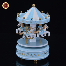WR Desk Accessories Romantic Wooden Merry-go-round Music Box Toy Fancy Carousel Horse Model Home Office Festival Decor 10X17cm