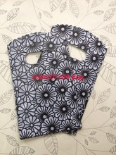 100pcs/lot Black Flower 15X9cm Plastic Recyclable Useful Packaging Bags, Hand Bag Protable Boutique Gift Carrier
