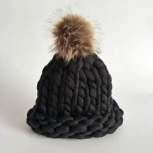 new Casual Beanies Women Thick lines Winter Hats Crochet Knitting Wool Cap Fur Pompons Ball Warm Gorros Outdoor Thick Female Cap