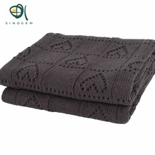 Sinogem 130x170cm Gray  Heart Shaped Knitted Blanket 100% Acrylic Weave Tippet With Super Soft Blanket Cover Double Cable Knit