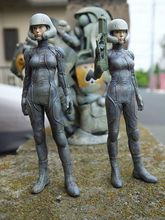 Free Shipping  1/20 Scale 83mm Resin figure Sci-Fi female warrior (just 1 figure)