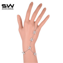 STARWORLD Alloy silver color personality  fashion small daisy bracelet Crystal  Lover flower Charm Bracelets For Women