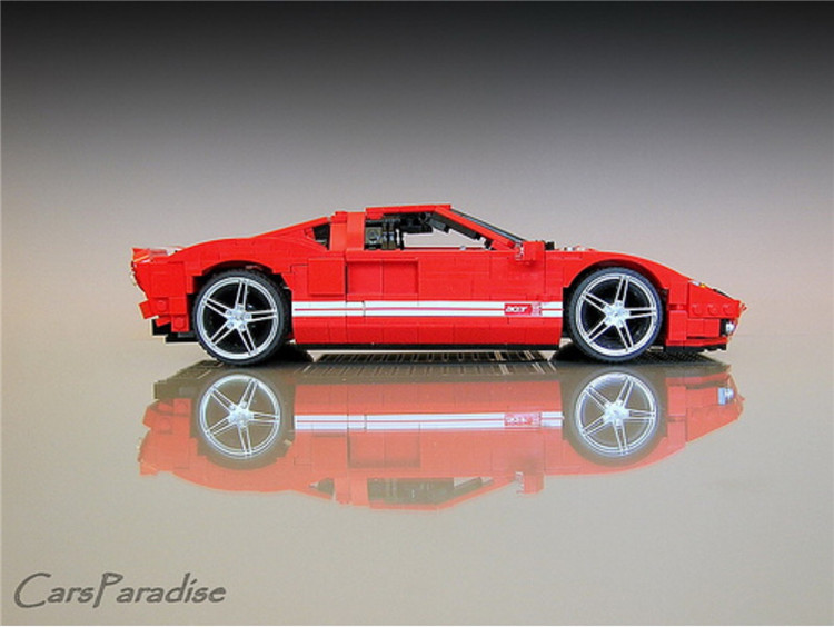XINGBAO XB-03011 The Red Phantom Racing Car Ford GT-919 Building Block 17