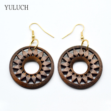 Wood Earrings for Woman 2017 New Design Personality Hollow Latest Good Quality African Wood Leaf Earrings Jewelry 1 Pair Eardrop(China)