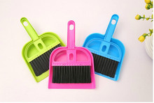 2016 Multifunctional Mini Desktop Computer Keyboard Clean Sweep Dust To Dust Small Broom Brush Set With Dustpan Shove 5ZCF298(China)