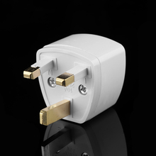1 st Universele US EU AU Converter om UK HK AC Travel Power Plug Charger Adapter Connector UK plug Wit(China)