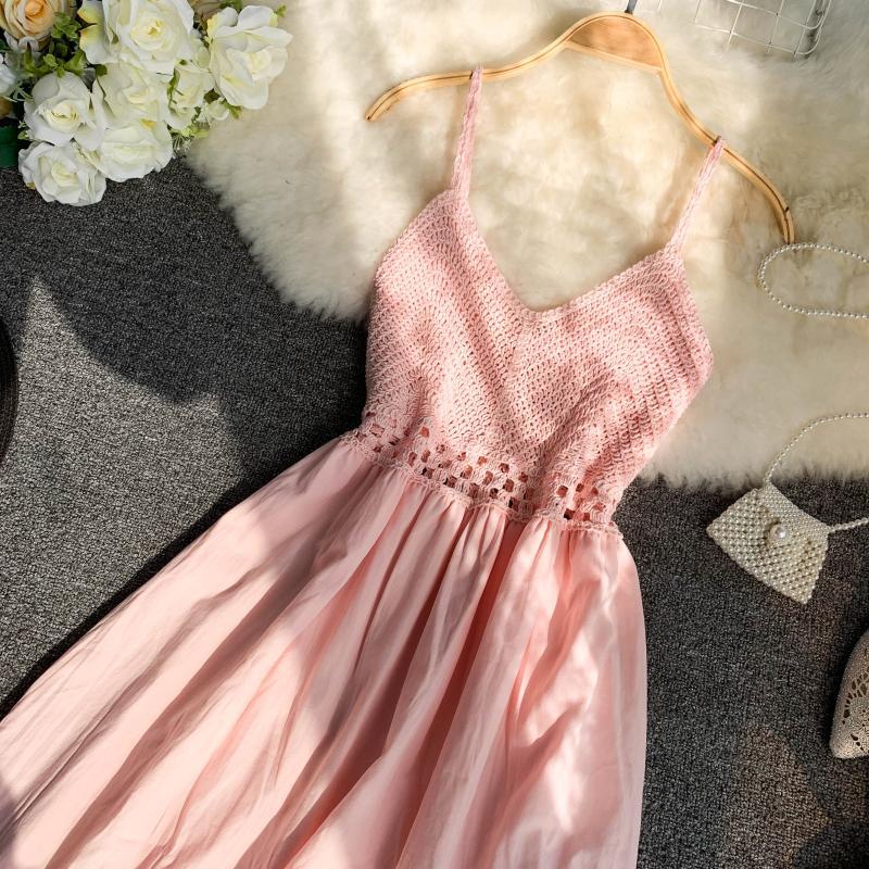 19 new fashion women's dresses Fresh openwork knit stitching V-neck strap high waist dress 16
