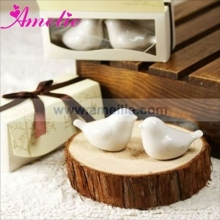 1sets=2piece/Lot Retail Salt and Pepper Shaker Favor Ceramic Wedding Favors Gifts Love Bird Party Supplier With Free Shipping
