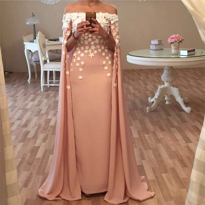 Dubai Kaftan Robes soiree 2017 Boat Neck Straight Long Evening dresses With Cape Appliques Prom Gown Party Dresses Abendkleider