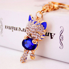 Jewelry Crystal Rhinestone Metal Lucky Cat Keychain Novelty Gifts Couple Key Chain Car Key Ring Women Hangbag Charms Pendant(China)