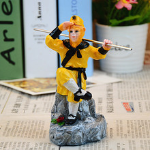 Cartoon Figure Miniatures the Monkey King Sun Wukong Chinese Classical Resin Crafts Creative Home Decoration