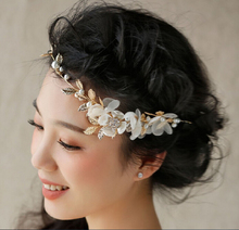 Metting Joura Wedding Bridal Bohemian White Fabric Flower With Cream Pearl Metal Leaf Headband Flower Hair Jewelry