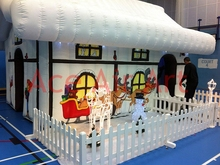 New Style Heavy White Snow Cover Christmas Inflatable Santa Grotto   For Chiristmas Holiday decoration