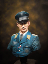 Free Shipping 1/10 Scale Unpainted Resin Bust Luftwaffe Ace Werner Moelders(China)