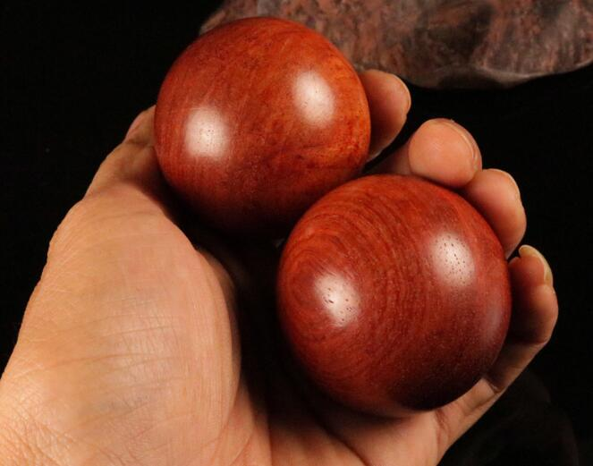 Rosewood round handball acupuncture massage ball wooden palm massage ball <br><br>Aliexpress