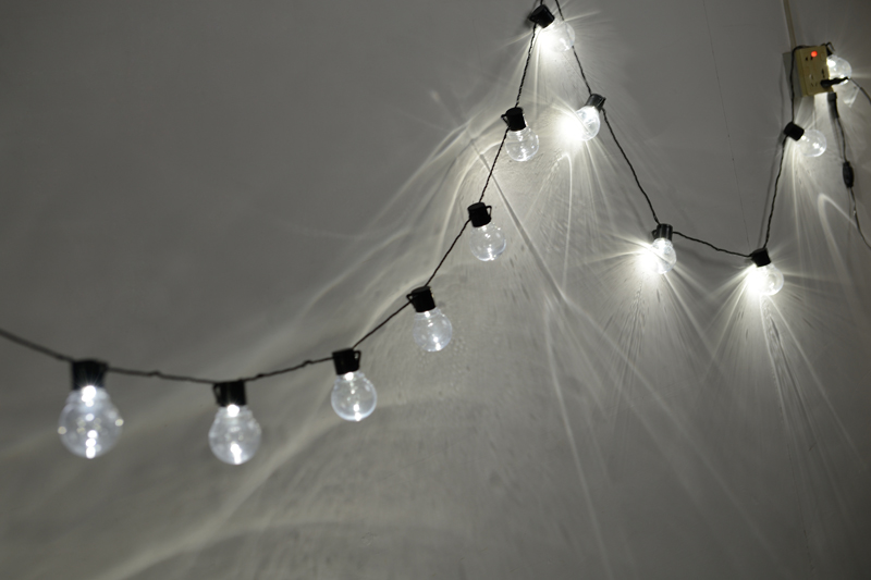 Nolvelty 5.9M 20 LED Christmas Outdoor Lights Fairy Light String Garland Bulb Wedding Decoration Luminaria Chain Waterproof 220V