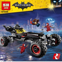 Lepin 07045 559Pcs Genuine SUPER HERO Movie Series The Batman Robbin`s Mobile Set Batmobile Building Blocks Bricks Toys 70905