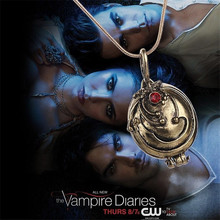 The Vampire Diaries Jewelry Carved Verbena Pendant Necklace Red Crystal Charm Necklaces Can Be Opened Colar Bulk Dropshipping