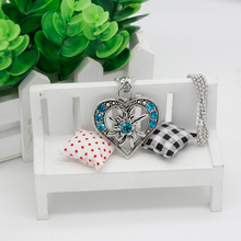 Wholesale Fashion Jewelry Silver Hollow Heart Pendant with Green CZ Necklace for Women Gift FN0032-C(China)
