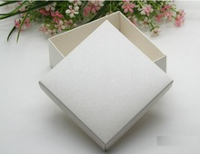 Size:6.5*6.5*3.8cm 50pcs/lot White Gift Boxes for Wedding Jewelry Small cardboard box Candy packaging boxes
