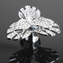 creative fashion leaf knobs rhinestone drawer cabinet knobs pulls glass crystal shiny silver dresser door handles pulls knobs(China)