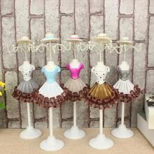 1Pc Princess Detachable Vintage Resin Lace Jewelry Holder Earring Necklace Holder Beautiful Ladies Home Decor Shelf 28cm A45(China)