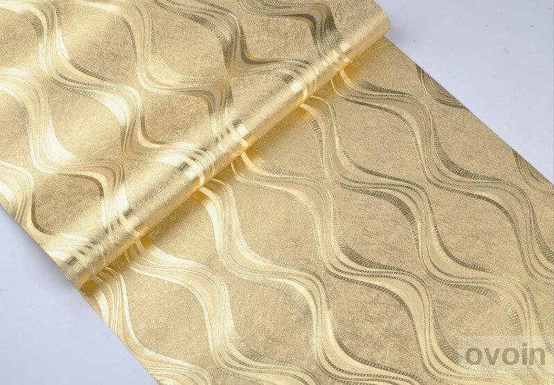 ورق جدران فاخر باللون الفضي او الذهبي لغرف المعيشة 3