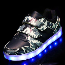Eur25-37 // Glowing sneakers charging children shoes do with Lights Up colorful Led tenis Kids Luminous sneakers krasovki J01(China)