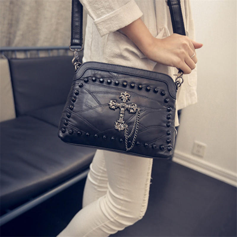 High Grade Pu Leather Handbag Shoulder Tote Bag Punk Rivet Shoulder Crossbody Bag Punk Messenger Bags Black Leather Bag Skull<br><br>Aliexpress