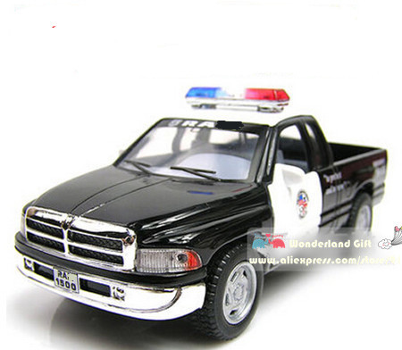 free shipping police model carpull back cars toysfans car collectionchildren kids gift boys love cool police robot car brand
