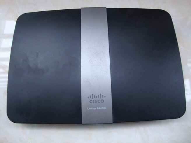 Cisco Linksys EA4500 N900 Wi-Fi Wireless Dual-Band Gigabit Router w/ USB Port Used(China (Mainland))