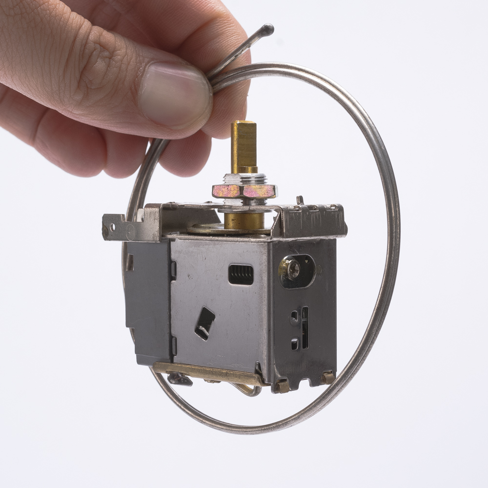 WPF-28  6(4)A 250V 50/60HZ Refrigerator thermostat