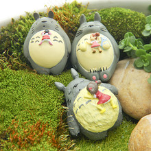 2017 Hayao Miyazaki Xiaomei Climb Sleep My Neighbor Totoro Toys Action Figures Micro Landscape Gardening Accessories Gifts
