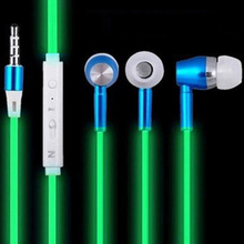 Cheap Glowing Earphone Luminous Earbuds Glow Green In The Dark Earphones For Iphone Samsung Xiaomi MP3 Nokia With Mic Earpiecs(China)