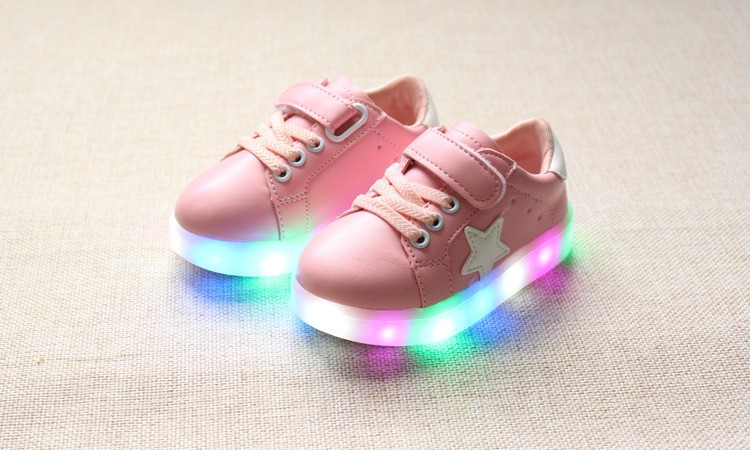 New 17 Cool LED lighted fashion new brand breathable children shoes cute little baby girls boys shoes kids sneakers 14