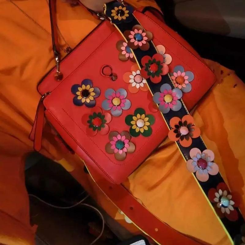 2016 Women Flower Shoulder Bags Luxury Handbags Fashion Messenger Bag Female Composite Vintage with Flowers Strap Purse<br><br>Aliexpress