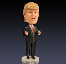 2 Styles 18cm Collectible Model Toy The Vote President Donald Trump Resin Figure Doll Famous Person Decoration Best Gift Hot
