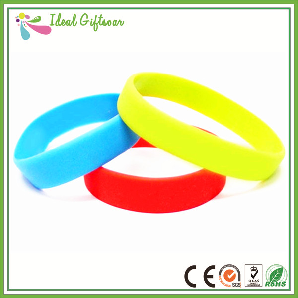 100-Silicone-customized-Plain-Silicone-Wristbands (1)