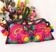 Hot promotion Lady Embroidered bags gorgeous embroidery one shoulder cross-body women's handbag fashion bags just 50pcs for sell(China)