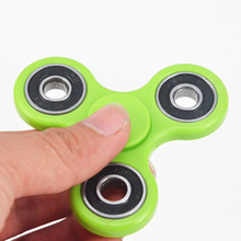 Novelty Gag Toys Tri-Spinner Fidget Toy Plastic EDC Hand Spinner For Autism and ADHD Rotation Time Long Anti Stress Toys