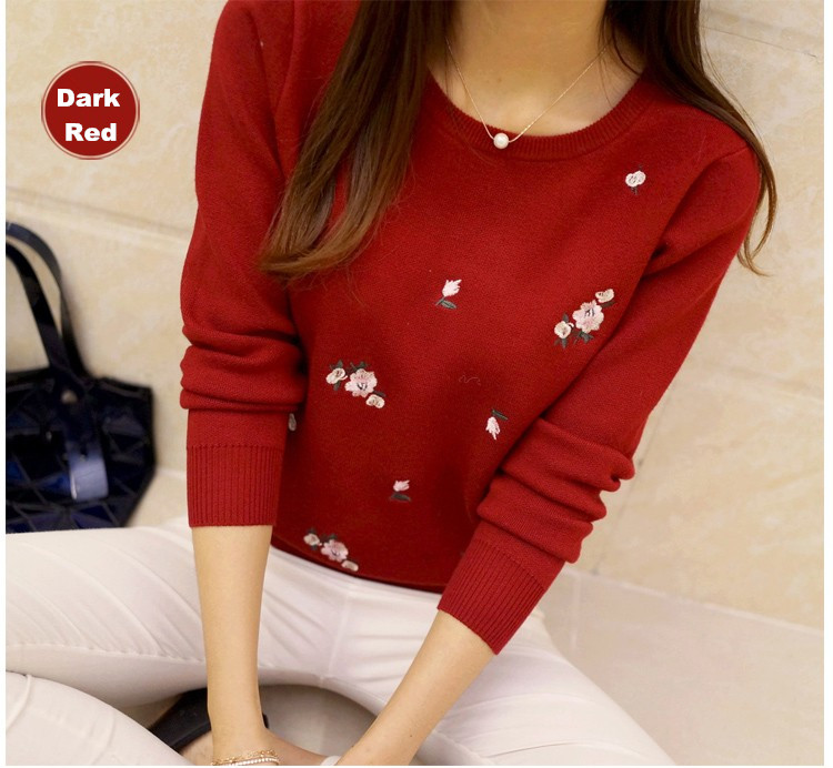 S-3XL New Youth Women's Sweater Autumn Winter 17 Fashion Elegant Peach Embroidery Slim Girl's Knitted Pullover Tops Female 18