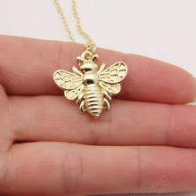 Bee Necklace Honey Bee Hive Charm Cute Delicate Dainty Animal Necklaces & Pendants Choker Women Christmas Gift