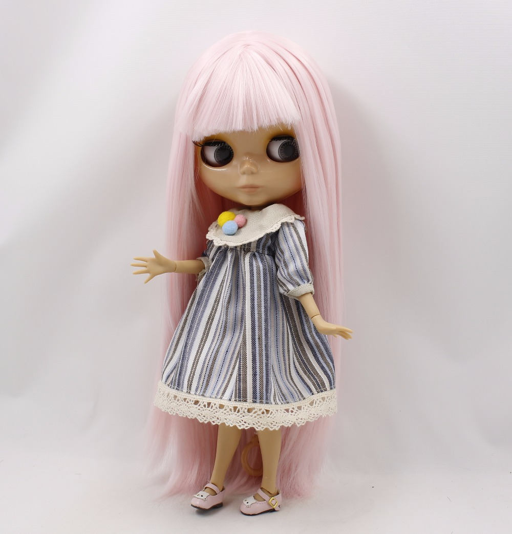 Neo Blythe Doll with Pink Hair, Tan Skin, Shiny Face & Jointed Body 2